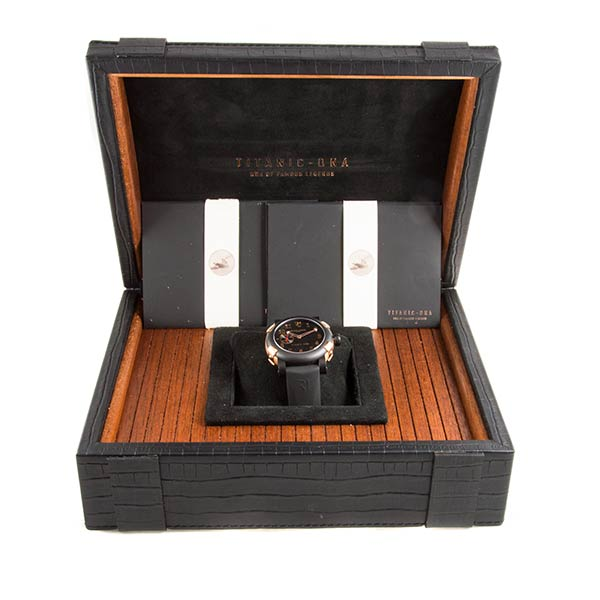 Часы Romain Jerome Titanic-DNA Five Black фото